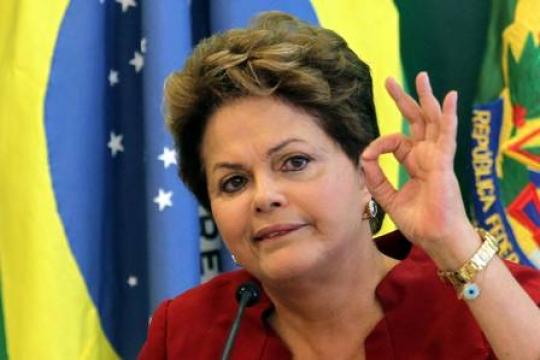 Dilma Rousseff decide se vetará como Lula o fim do fator previdenciário