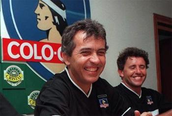 Nelsinho, no comando do Colo Colo, em 1999