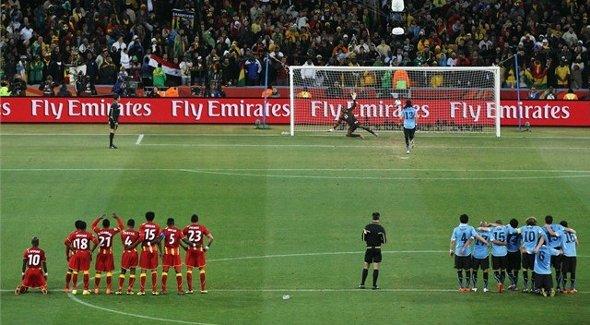 Copa do Mundo de 2010: Uruguai 1 x 1 Gana. Celeste avança nos pênaltis