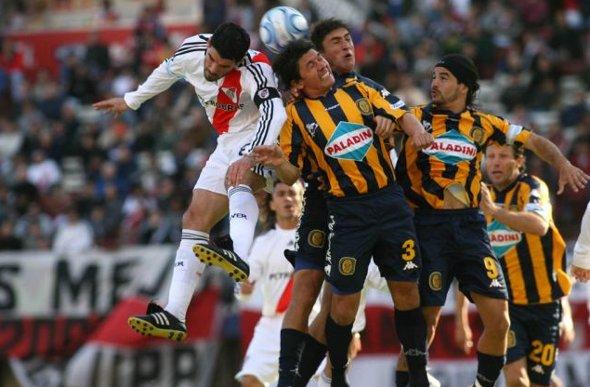 Clássico argentino: River Plate (Buenos Aires) x Rosário Central (Rosário)