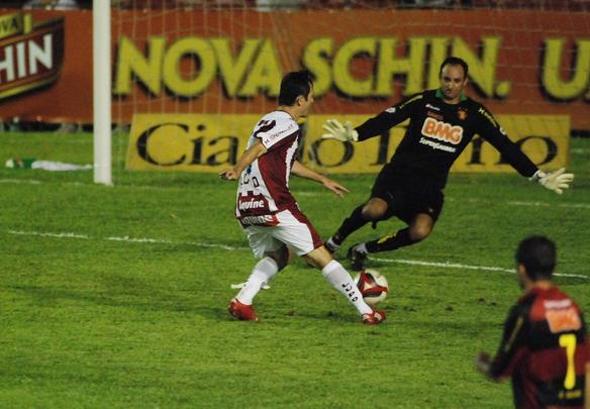 Série B-2010: Náutico 1 x 1 Sport. Foto: Ricardo Fernandes/Diario de Pernambuco
