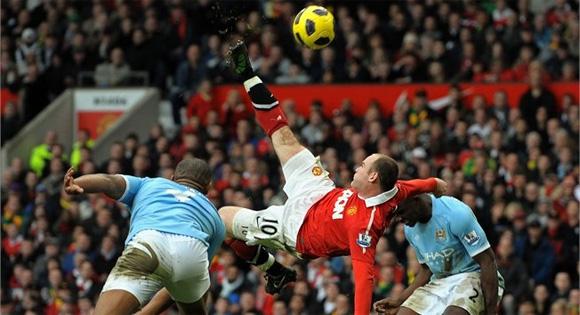 Resultado de imagem para Manchester United x Manchester City 2016