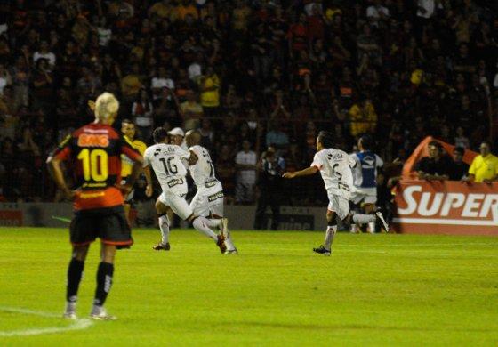 Pernambucano 2011, final: Sport 0x2 Santa Cruz. Foto: Helder Tavares/Diario de Pernambuco