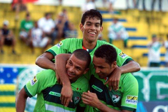 Série B 2011: Salgueiro 2 x 0 Goiás. Foto: Cecília Sá/Diario de Pernambuco