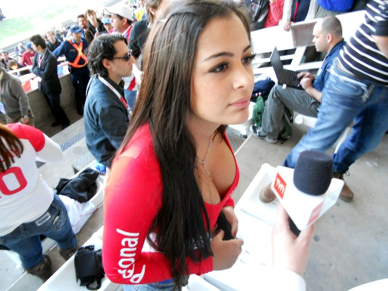 Larissa Riquelme no jogo Brasil x Paraguai, pela Copa Amrica 2011. Foto: Cassio Zirpoli/Diario de Pernambuco