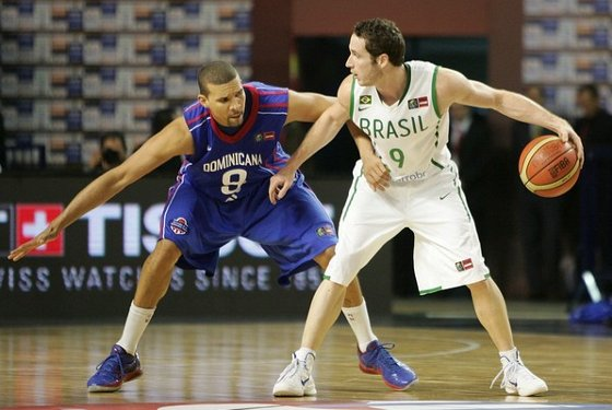 Pre-Olímpico de basquete  Brasil 83 x 76 República Dominicana. Foto  Fiba 64ea572c94978