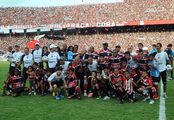 Série D 2011: Santa Cruz 0 x 0 Treze. Foto: Ricardo Fernandes/Diario de Pernambuco