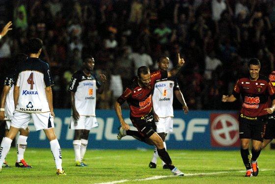 Série B 2011: Sport 4 x 0 Americana. Foto: Ricardo Fernandes/Diario de Pernambuco