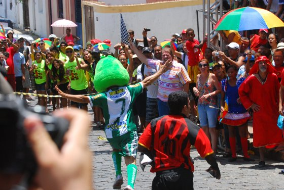 Corrida de Mascotes de Olinda em 2012. Crédito: Julio Jacobina/Diario de Pernambuco