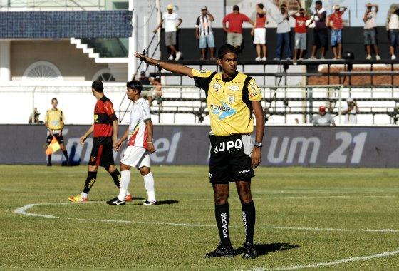 Pernambucano 2012: Petrolina 0x1 Sport. Foto: Roberto Ramos/Diario de Pernambuco