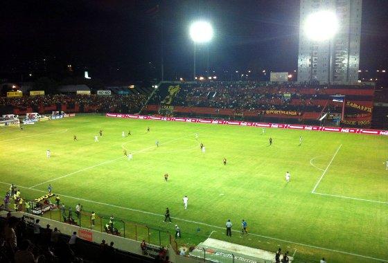 Pernambucano 2012: Sport 2x1 Araripina. Foto: Celso Ishigami/Diario de Pernambuco