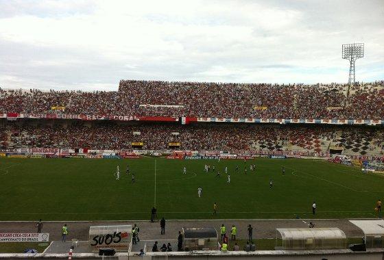 Pernambucano 2012: Santa Cruz 2 x 0 Salgueiro. Foto: Brenno Costa/Diario de Pernambuco