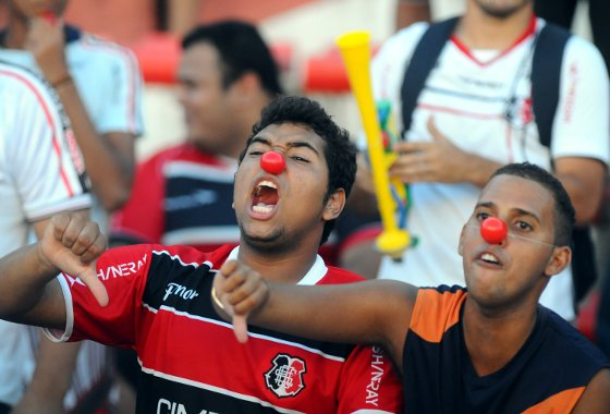 Protesto no Arruda, março de 2012. Foto: Helder Tavares/Diario de Pernambuco