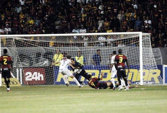 Pernambucano 2012: Sport 0x0 Salgueiro. Foto: Edvaldo Rodrigues/Diario de Pernambuco