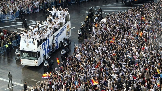 Real Madrid comemora 32 ttulo espanhol, em 2012. Foto: Fifa/divulgao