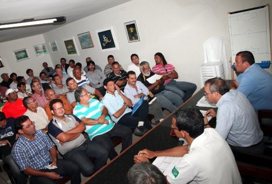 Conselhor arbitral do Pernambucano da 2ª divisão de 2012. Foto: Vlademir Almeida/FPF