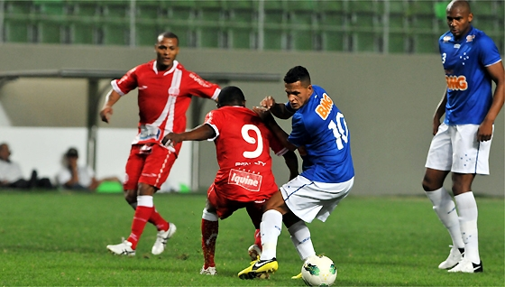 Srie A 2012: Cruzeiro 3x0 Nutico. Foto: Marcos Michelin/Estado de Minas