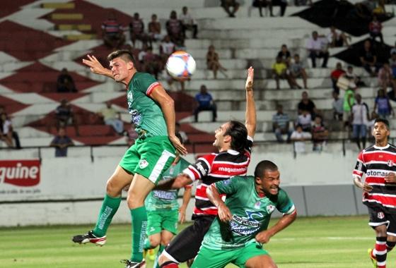Pernambucano 2014, disputa do 3º lugar: Santa Cruz 1x2 Salgueiro. Foto: Edvaldo Rodrigues/DP/D.A Press