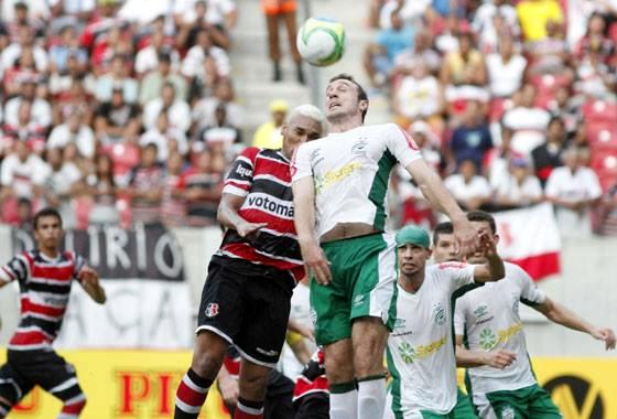 Série B 2014, 4ª rodada: Santa Cruz x Luverdense. Foto: Ricardo Fernandes/DP/D.A Press