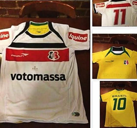 Camisa dupla face do Santa Cruz com o Brasil, produzida pela Penalty em 2014