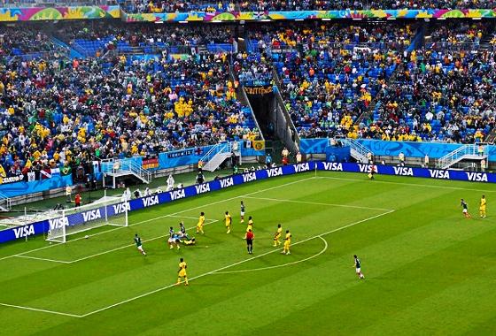 Giovani dos Santos, craque da partida México 1x0 Camarões, na Copa do Mundo de 2014. Crédito: Mike Hewitt/Getty Images/Fifa