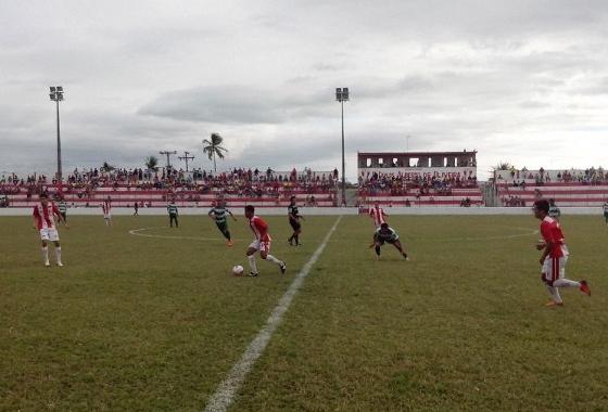 Pernambucano 2014 Série A2 (Sub 23). Centro Limoeirense 0 x 0 Belo Jardim. Foto: FPF/Assessoria