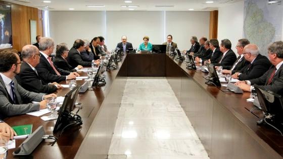 Reunião no Palácio do Planalto com 12 clubes das Séries A e B, em 28 de julho de 2014, para discutir um refinanciamento para as dívidas fiscais dos clubes. Foto: Stuckert Filho/PR/governo federal