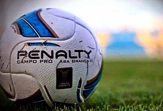 Bola oficial do Nordestão 2015, a Asa Branca 2. Crédito: Esporte Interativo/youtube