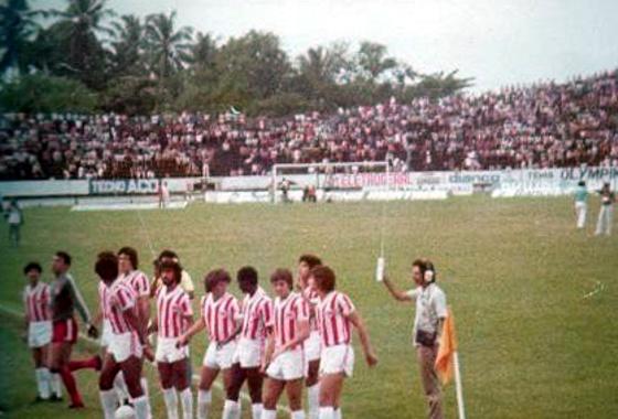 Náutico num clássico contra o Sport, no Arruda, no Estadual de 1974. Foto: Milton Neto/Náutico