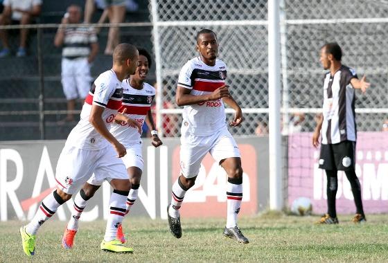 Pernambucano 2015, semifinal, Central 0x2 Santa Cruz. Foto: Marlon Costa/FPF