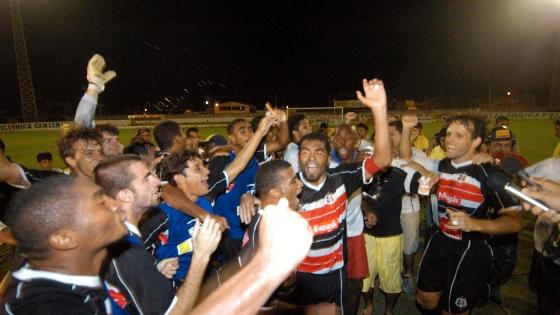 Pernambucano 2005, Petrolina 1x2 Santa Cruz. Foto: Ricardo Fernandes/DP/D.A Press
