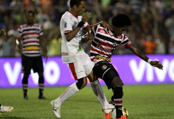 Pernambucano 2015, final: Salgueiro x Santa Cruz. Foto: Marlon Costa/FPF