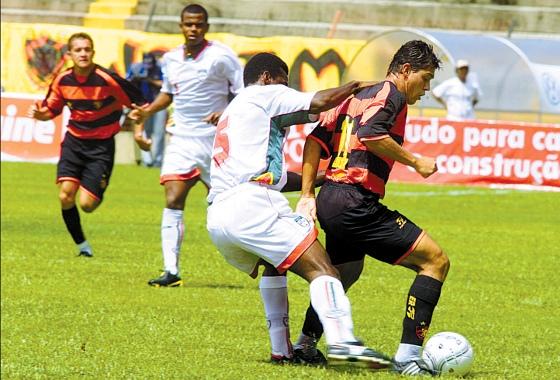 Série B 2004: Sport 0x0 Portuguesa. Foto: Teresa Maia/DP/D.A Press