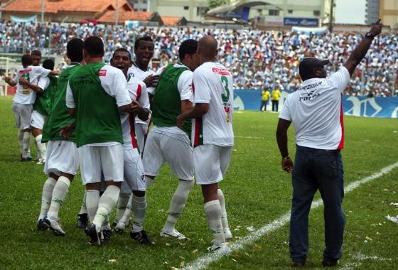 Série C 2010, quartas de final: Paysandu 2x3 Salgueiro. Foto: Claudio Pinheiro/Futura Press