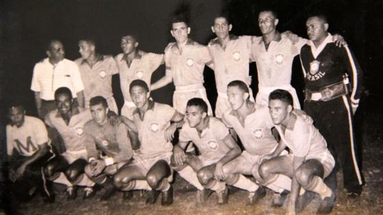 Seleção Pernambucana representando o Brasil no Campeonato Sul-Americanao de 1959. Foto: Givaldo/Arquivo Pessoal