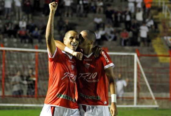 Série B 2015: Mogi Mirim 3x1 Macaé, com gols de Rivaldo e Rivaldo Júnior (2). Foto: LéO SANTOS/FUTURA PRESS/FUTURA PRESS/ESTADÃO CONTEÚDO