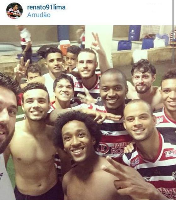 Selfie de Bruno no Santa Cruz. Crédito: instagram