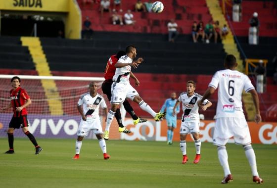 Série A 2015, 19ª rodada: Sport 1x1 Ponte Preta. Foto: Rafael Martins/DP/D.A Press
