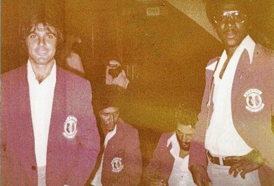 Delegação do Santa Cruz na excursão de 1979. Foto: Arquivo pessoal