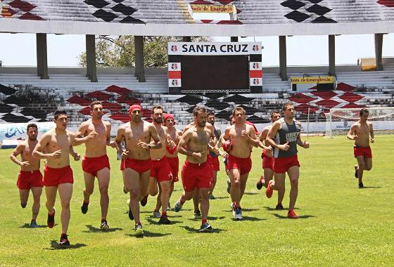Time do Huracán treinando no Arruda, em 2015. Foto: Emiliano Villa/Huracá