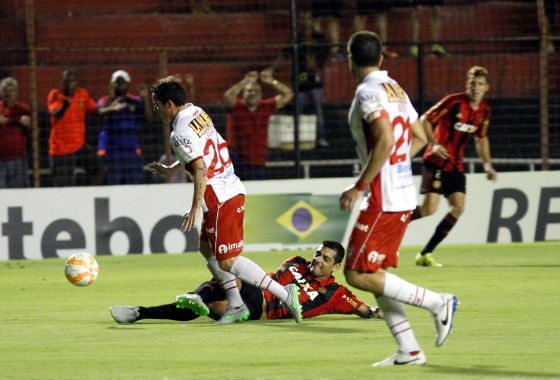 Copa Sul-Americana 2015, oitavas de final: Sport 1 x 1 Huracán. Foto: Ricardo Fernandes/DP/D.A Press