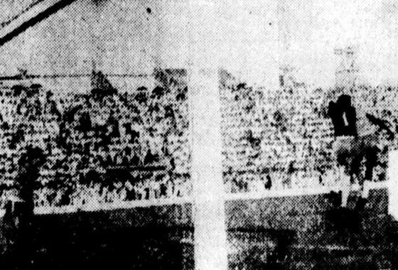 Amistoso na Ilha do Retiro, em 1956: Brasil 2 x 0 Pernambuco. Foto: Arquivo/DP