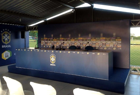 A sala de imprensa montada pela CBF para a Seleção Olímpica no CT do Sport, em Paratibe. Foto: Caio Wallerstein/DP D.A Press
