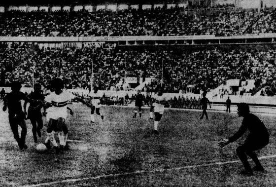 Série A 1973: Santa Cruz 1x1 Sport. Foto: Arquivo/DP