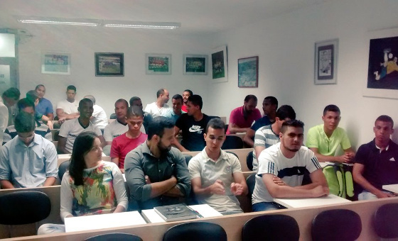 Aula inaugual da Escolha de Árbitros Sherlock, da FPF, em 11/12/2015. Foto: Fernanda Durão/FPF
