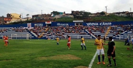Pernambucano 2016, 1ª fase (1ª rodada): Vitória x Serra Talhada. Foto: FPF/twitter