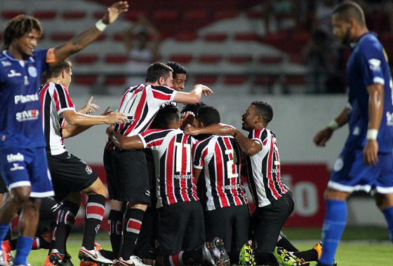 Nordestão 2016, 5ª rodada: Santa Cruz 3x1 Confiança. Foto: Antônio Melcop/Santa Cruz