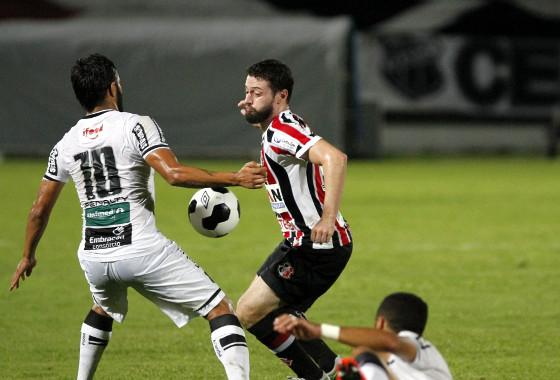 Copa do Nordeste 2016, quartas de final: Santa Cruz 2x1 Ceará. Foto: Ricardo Fernandes/DP