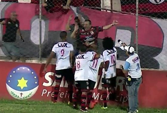 Copa do Nordeste 2016, quartas de final: Salgueiro 0x2 Campinense. Crédito: Esporte Interativo/reprodução