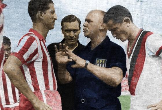 Final do Pernambucano de 1954: Náutico 1x1 Sport (Timbu campeão). Foto de arquivo colorizada por Clayton Borges (@_Diiu)